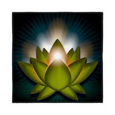 Chakra Lotus - Heart Green - Greeting  Queen Duvet