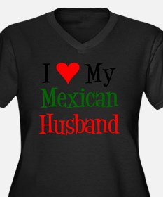 Love My Mexi Women's Plus Size Dark V-Neck T-Shirt
