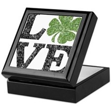 love_shamrock_black Keepsake Box
