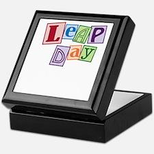 leap day baby_dark Keepsake Box