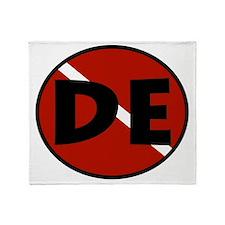 DE Wetsuit Logo Throw Blanket