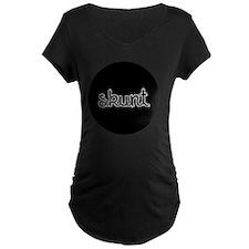 Skunt_button T-Shirt