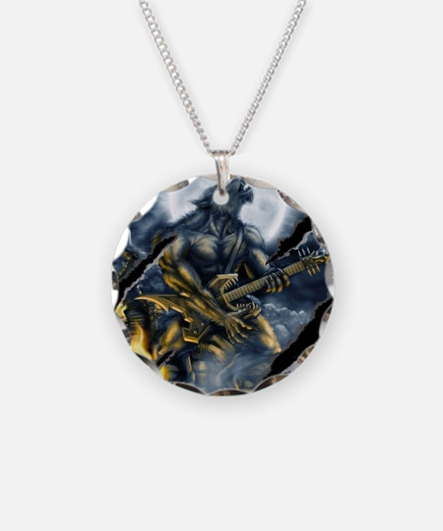 wolfshirt Necklace