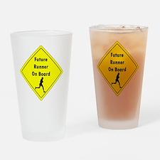 Future Runner On Board Maternity T- Drinking Glass