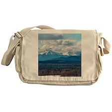 kat Messenger Bag