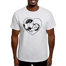 love_b+w T-Shirt