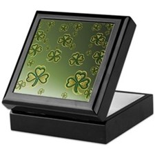 King Duve Gold and Green Shamrocks Keepsake Box