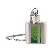 ipod4celticknot Flask Necklace