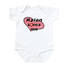 rylan loves me  Infant Bodysuit