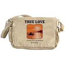true love Messenger Bag