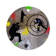 Paintball Aim Queen Round Ornament
