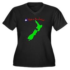 madeinnz Women's Plus Size Dark V-Neck T-Shirt