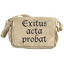 Exitus_acta_probat Messenger Bag