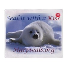 seal-kiss2b Throw Blanket