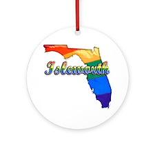 Isleworth Round Ornament