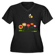 Bee Buzzing  Women's Plus Size Dark V-Neck T-Shirt