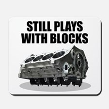Still Plays With Blocks - Che Mousepad