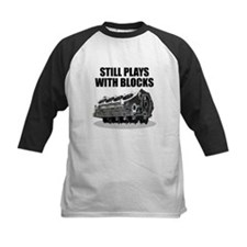 Still Plays With Blocks - Che Tee