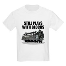 Still Plays With Blocks - Che Kids T-Shirt