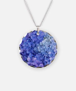 blue hydrangea cloned vert Necklace