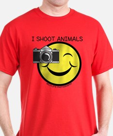 I SHOOT ANIMALS.. T-Shirt