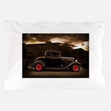 1932 black ford 5 window Pillow Case