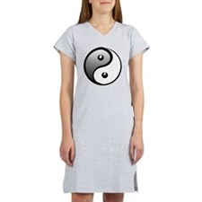 yingyang1 Women's Nightshirt