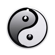 yingyang1 Round Ornament