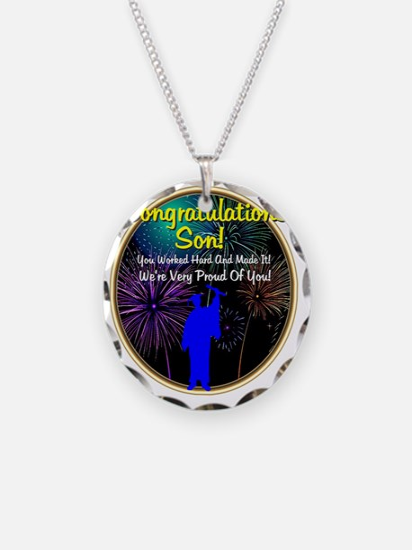 Graduation: 0003d Necklace Circle Charm