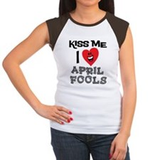 Kiss Me I Love April Fo Women's Cap Sleeve T-Shirt