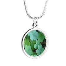 Clover Silver Round Necklace