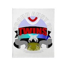 Twins aunt Throw Blanket