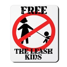 Free the leash kids Mousepad