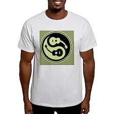 guit-yang1-grn-OV T-Shirt