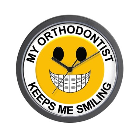 My Orthodontist Keeps Me Smiling / Brac Wall Clock