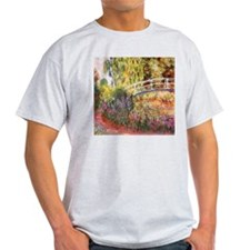 Le Bassin aux Nympheas T-Shirt