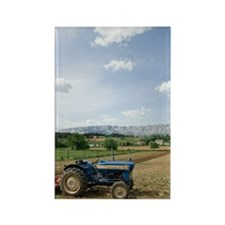 Tractor on farm field, Trets, Fra Rectangle Magnet