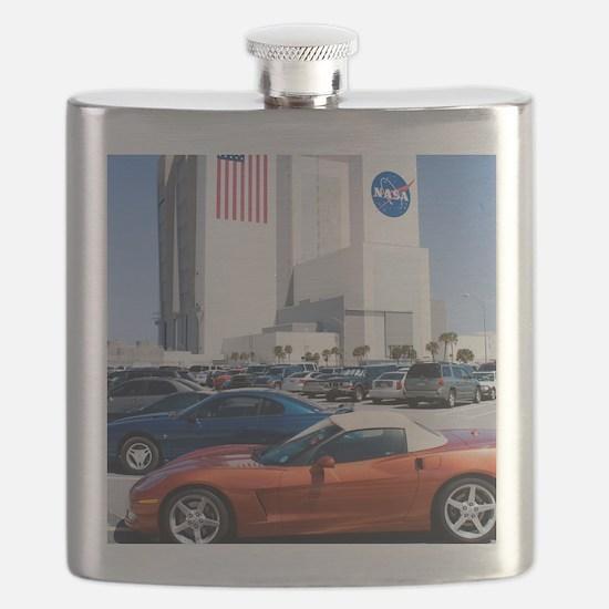 NASA vehicle assembly building Flask