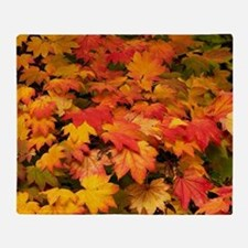 Maple (Acer japonicum vitifolia) lea Throw Blanket