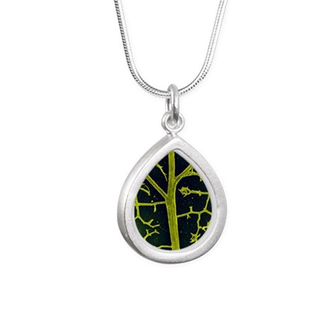 Leaf veins of the common Silver Teardrop Necklace