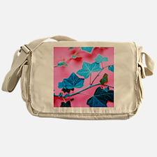 Ivy leaves Messenger Bag