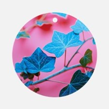 Ivy leaves Round Ornament