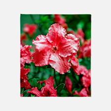Hibiscus flowers Throw Blanket