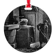 Distillation apparatus, 19th centur Ornament