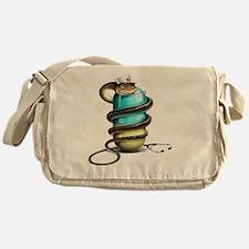 Dangers of drug abuse, conceptual im Messenger Bag