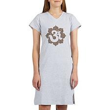 om floral brown gray Women's Nightshirt