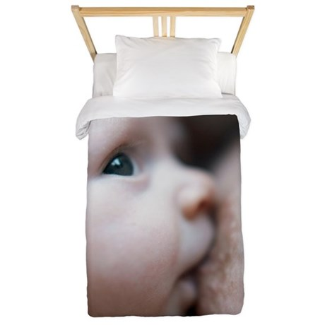 Breastfeeding baby boy Twin Duvet