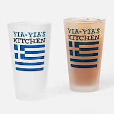 Yia-Yias Kitchen apron Drinking Glass