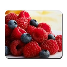 Blueberries and raspberries Mousepad