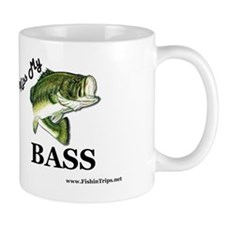 kiss my bass beer cooler Mug